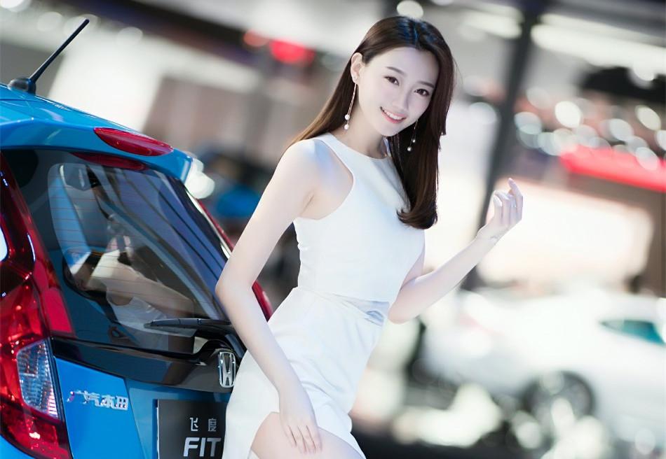 模特刘诗琪,广州车展美图