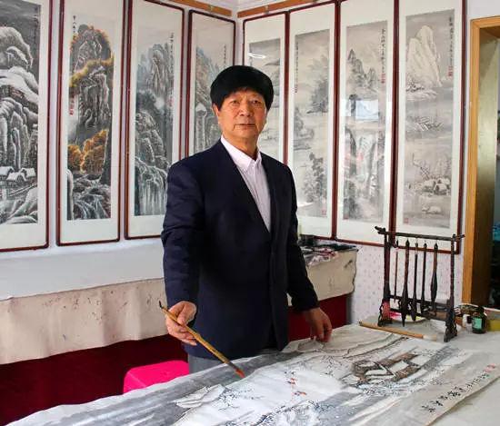 墨宝收藏签约艺术家:国家一级美术师 李守玉
