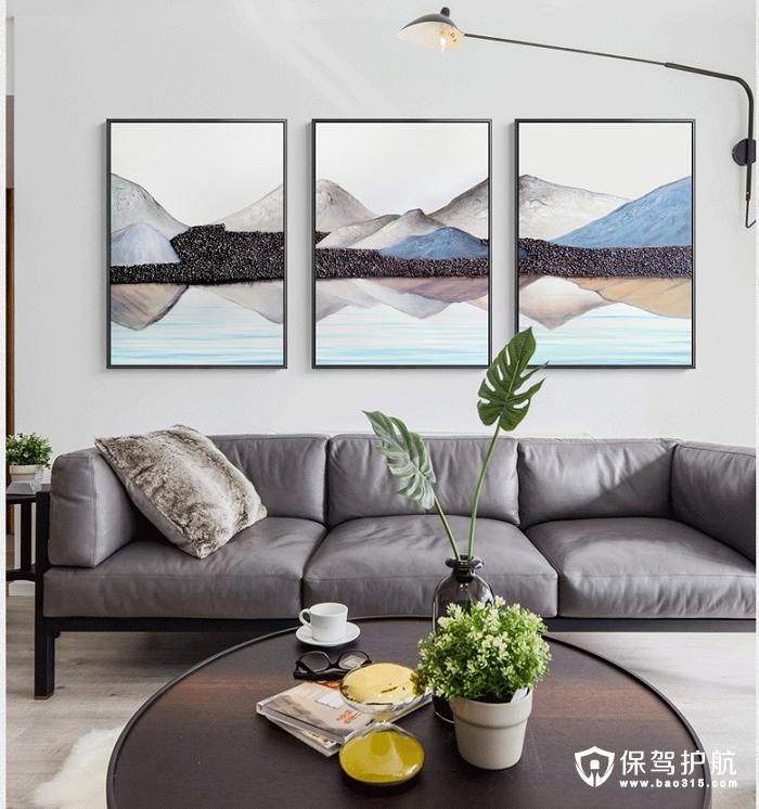 这款装饰画显油画质感,色彩持久,画框与墙面无缝贴合.图片