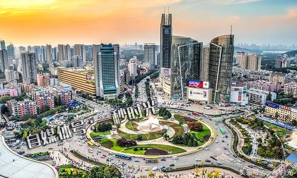 中国各城市人均gdp_中国人均GDP突破1万美元后,会发生什么