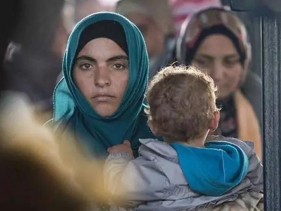 难民家庭何时团聚?德议会延长家庭团聚申请停办期