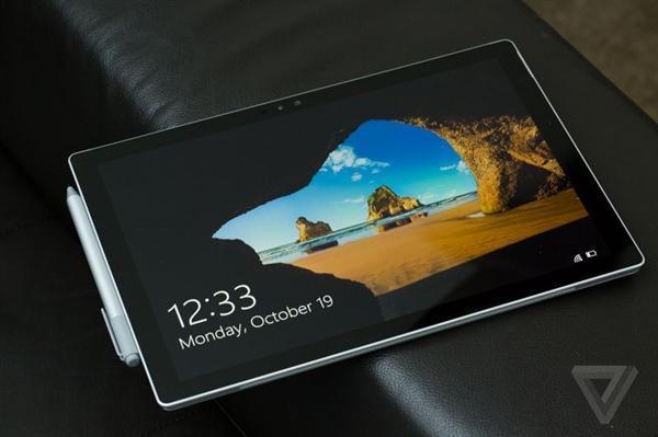 微软Surface Pro 4屏闪逼疯用户:无奈只能放冰箱
