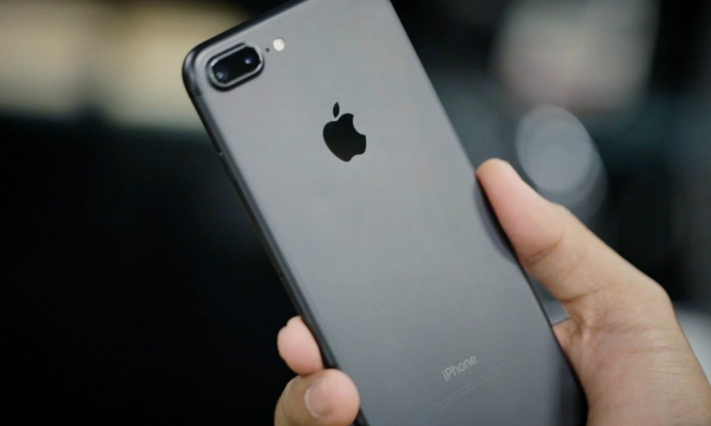 苹果官方宣布召回部分iPhone7 看看你的手机中招没?