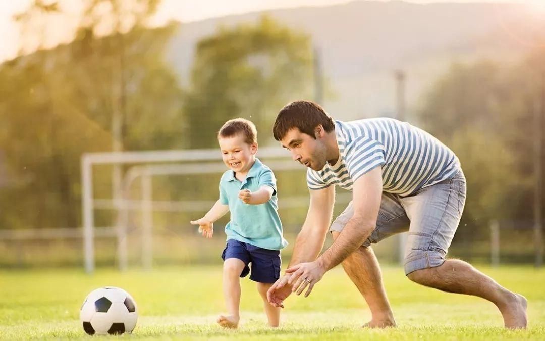 肖锋:三流父母当保姆,二流父母当教练,一流父母当陪练