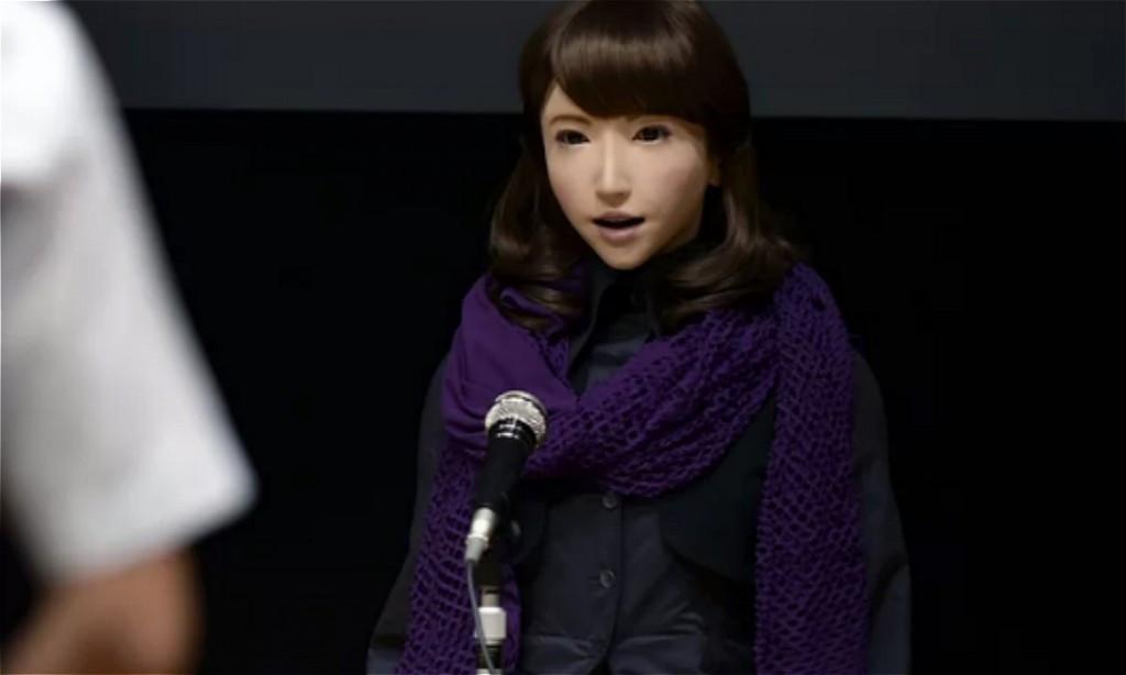 日本23岁机器人成新闻女主播,未来人类网红主播会被取代吗?
