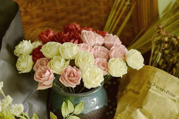 立体纸艺花朵制作图解步骤