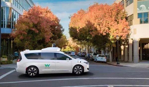交通领域迎大变革!无人、自动驾驶汽车真的要上路了!通州司机颤抖吧!