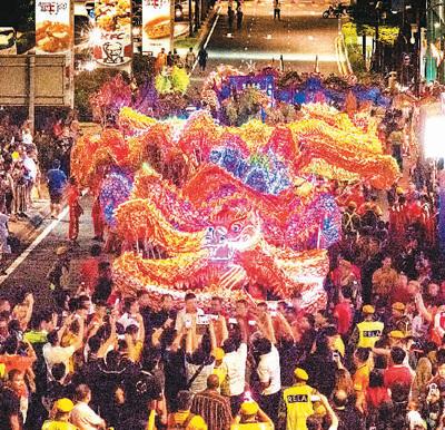 欢乐中外情 喜迎中国年