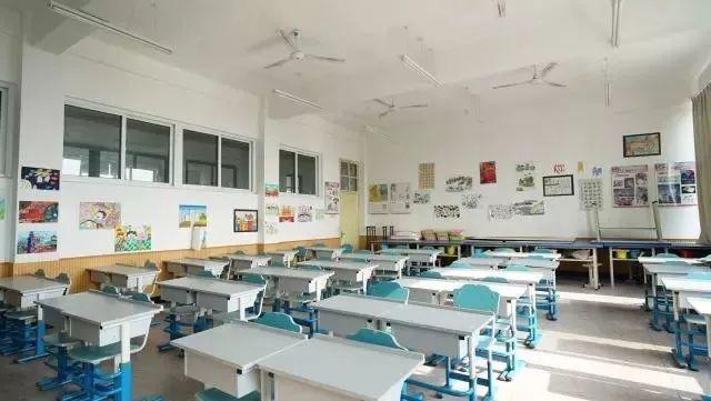天宁小学美术教室图片