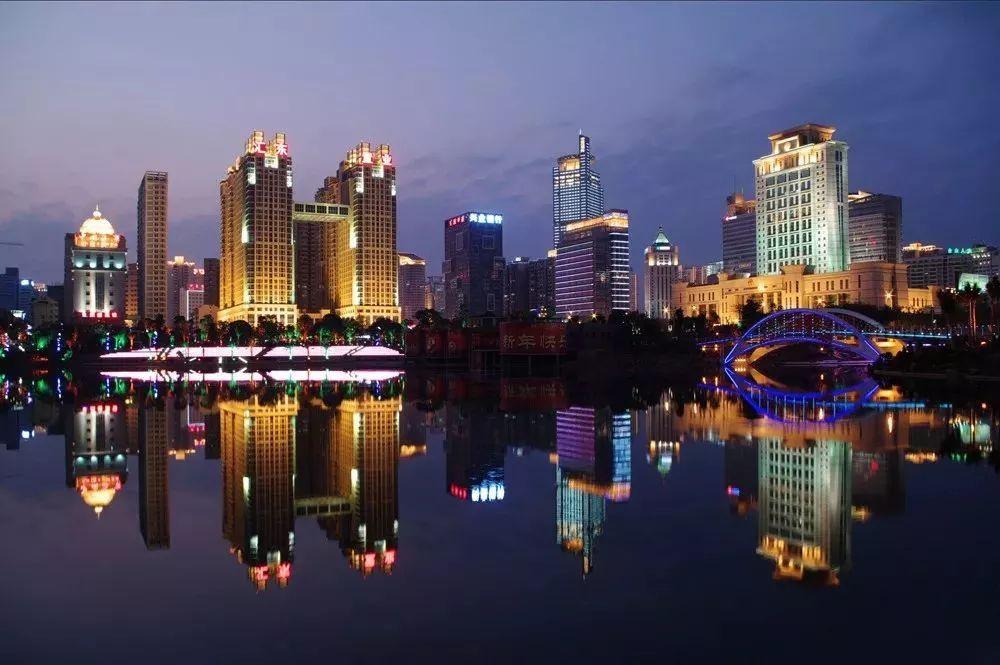 广西茂名贵港gdp_广西14市有14种美,哪种最深得你心 附夜景观赏