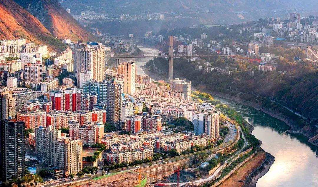 昆明人均gdp_江苏存在感最低城市 人均GDP比上海还高,却没有多少游客知道(3)