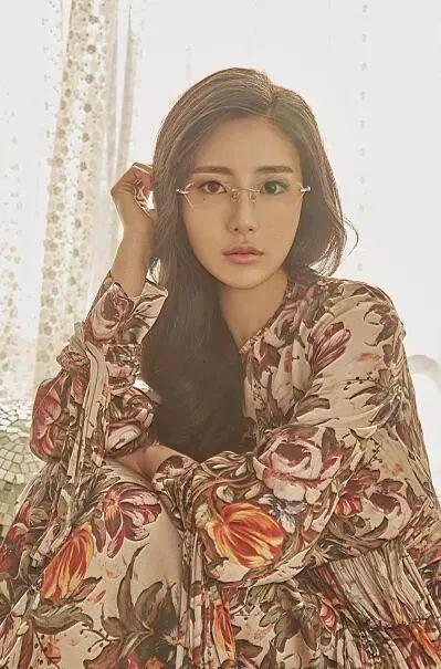 韩国演员模特作mayqueen再也无法忍受神汉流氓等