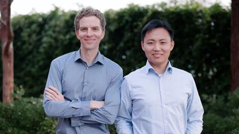 硅谷初创企业Nuro发布自动驾驶汽车,只送货不载人