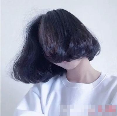 背影头发丝手绘