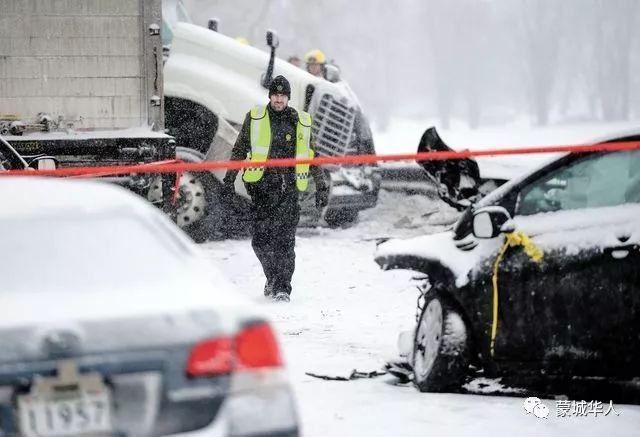 来看看昨天魁省的撞车有多恐怖?