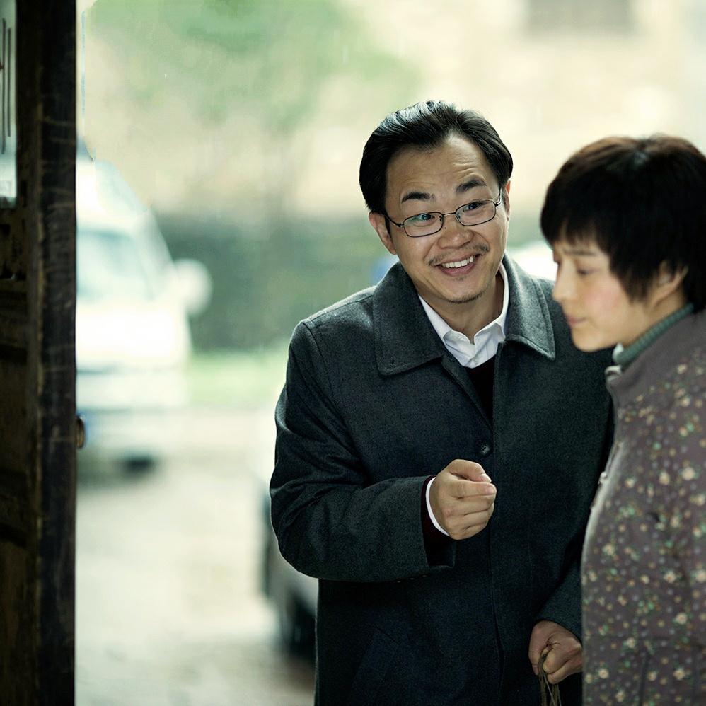 刘震云笔下一顶绿帽子下的史诗,冯小刚想拍刘震云却留给女儿拍