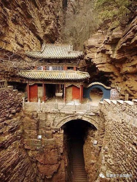 不要只知道恒山悬空寺,中国竟然有八大悬空寺,几去过几个!