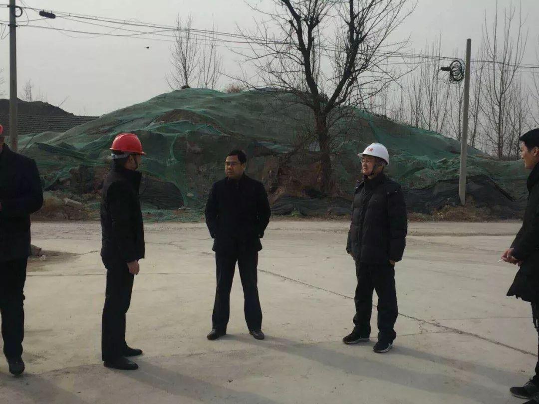 区住建局党委书记 局长周生建率队检查指导建筑工地安全生产 扬尘污染防治工作