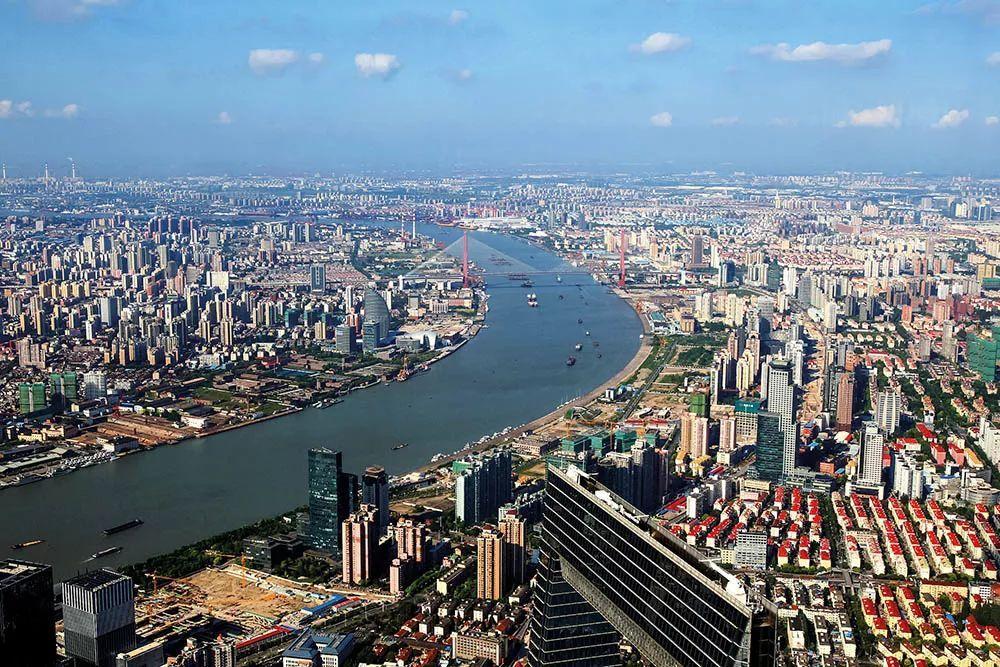 刘世锦:中国经济触底了吗                    |《财经》特稿