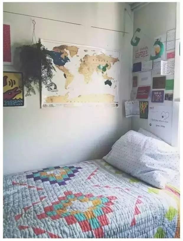 背景墙 房间 家居 设计 卧室 卧室装修 现代 装修 620_815 竖版 竖屏