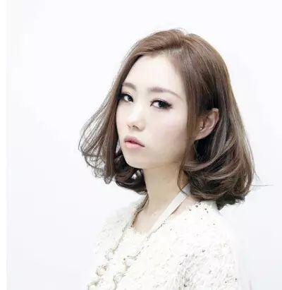 韩式短发烫发,甜美利落