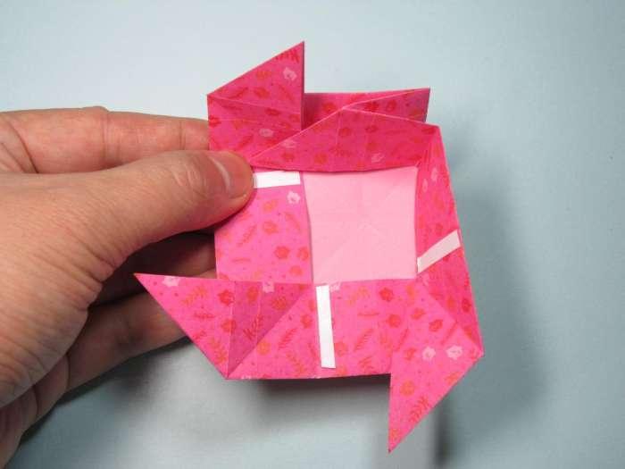 儿童手工折纸玫瑰盒子 收纳盒折纸步骤图解