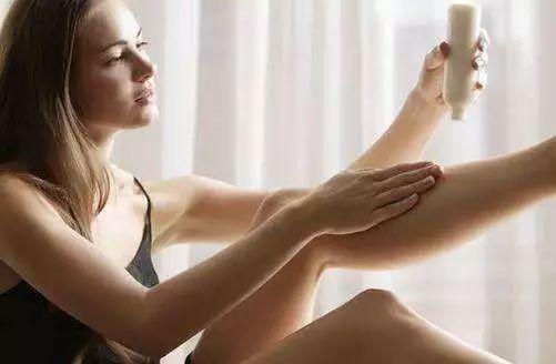 """身体护理4大方法 让你冬季不再""""蛇皮""""肌"""