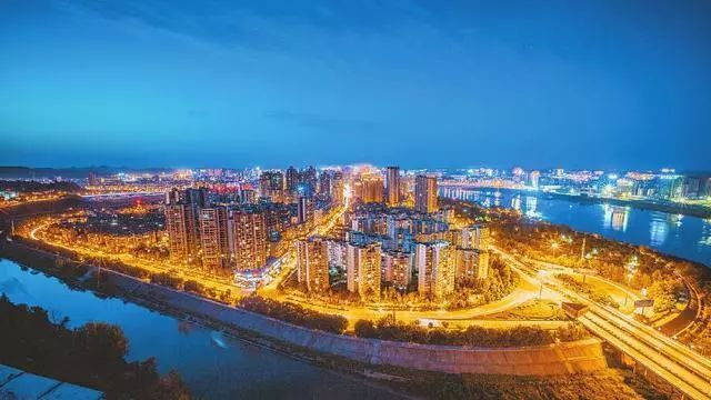 GDP南充_南充市投资推介恳谈会在香港举行,协议总投资121亿元