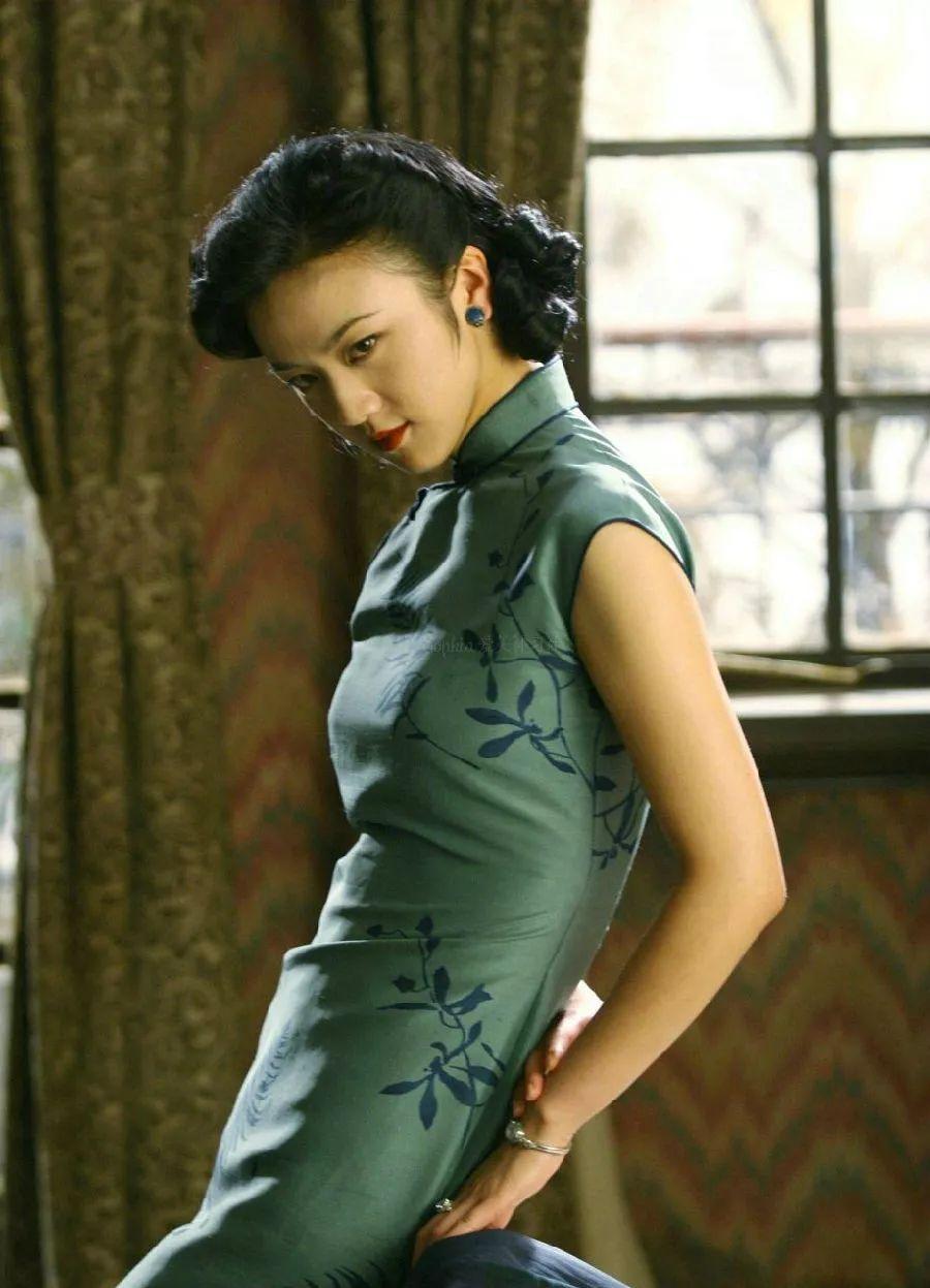 这些民国风情的旗袍美人,才是真迷人!