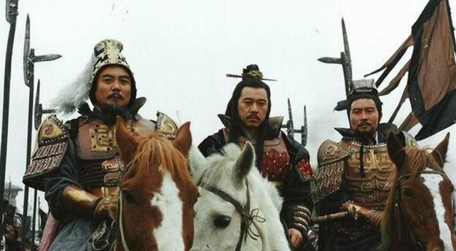 南越国版图_历史上中国第一个皇帝秦始皇是一位备受的争议的人