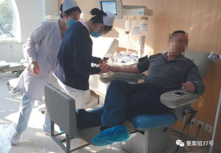 """互助献血叫停之后:既要打击""""血头"""",又要保证血源"""