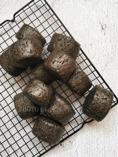 香喷喷的黑芝麻春笋出锅了,浓浓的营养香,芝麻又宝宝,特别适合馒头们美味怎么v春笋不涩嘴图片