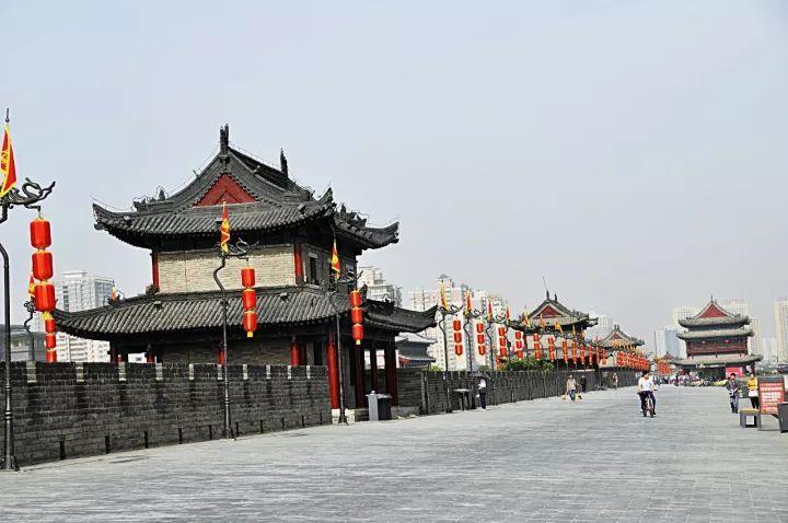 成都隔壁这个美食美景古都,春节去刚好!