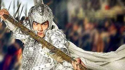 胜诸葛赢司马,打败赵子龙,却被说成窝囊废 人物点评 第4张