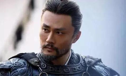 胜诸葛赢司马,打败赵子龙,却被说成窝囊废 人物点评 第1张
