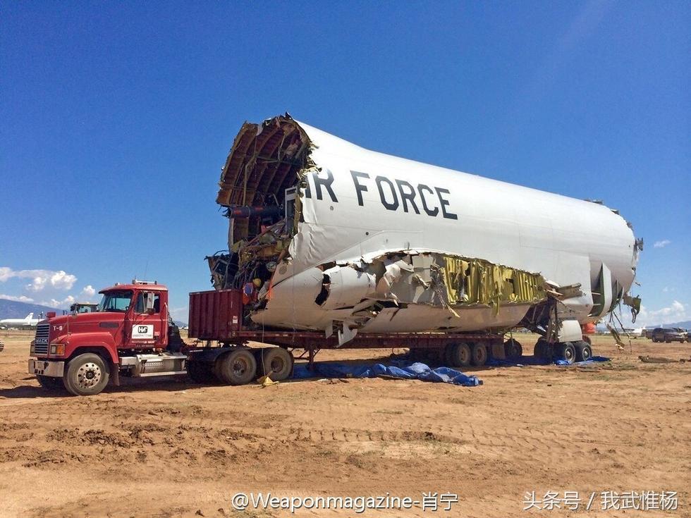 美军拆毁激光炮试验机