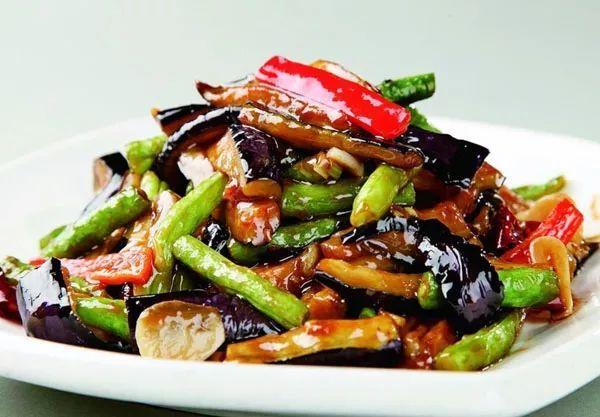 年菜里最毁健康的10种垃圾食品,你家有几样?