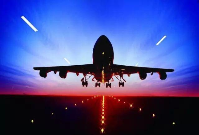 抖音卡点飞机特效在哪里弄,抖音怎么拍飞机经过门前