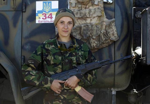 女兵人是什么_该国女兵成为世界上让人最想要谈恋爱的国家,真相令人娇羞不已!