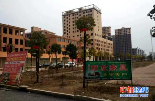 春节返乡观察:村里人都来县城买房了,返乡客也来了