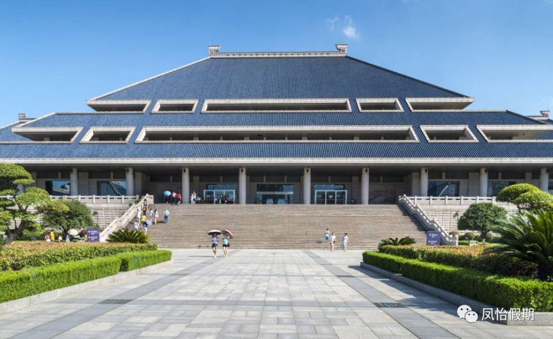 """11月29日下午,中国移动湖北公司、湖北省博物馆联合宣布,将推出全国具有示范性的""""5g智慧博物馆""""."""