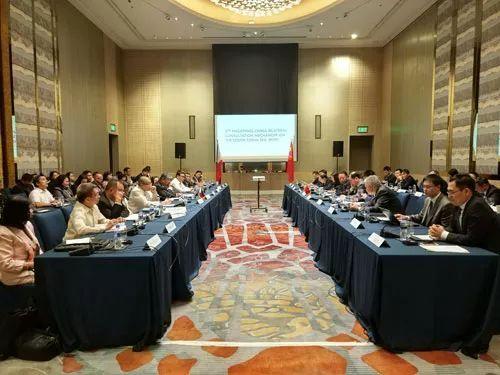 菲律宾外长:中菲正积极推进南海联合海洋勘探
