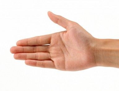 手白,手红,手发青?手掌出现这些情况,是健康出了问题