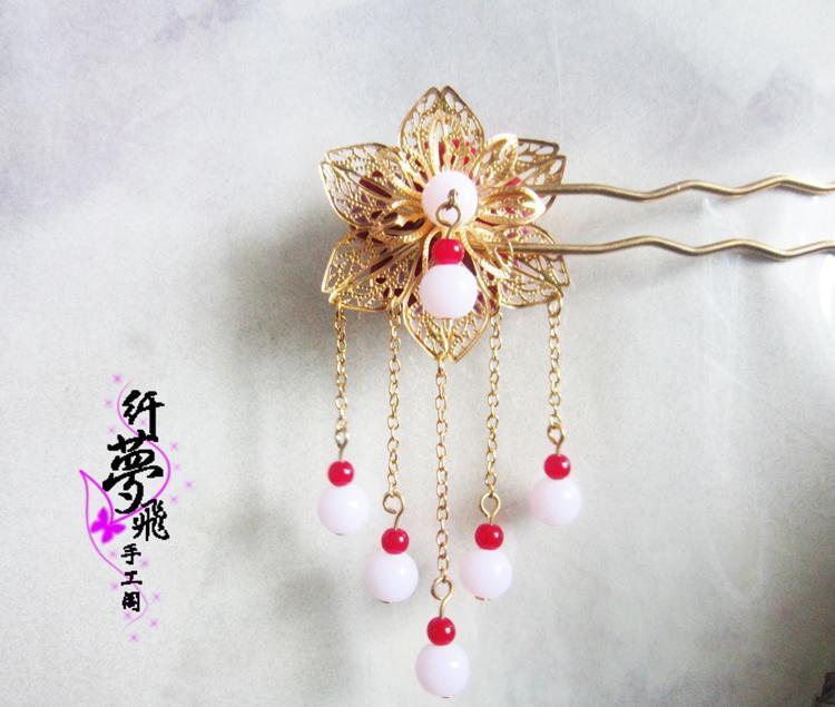 时尚 正文  先上图,一组手工制作的发钗.