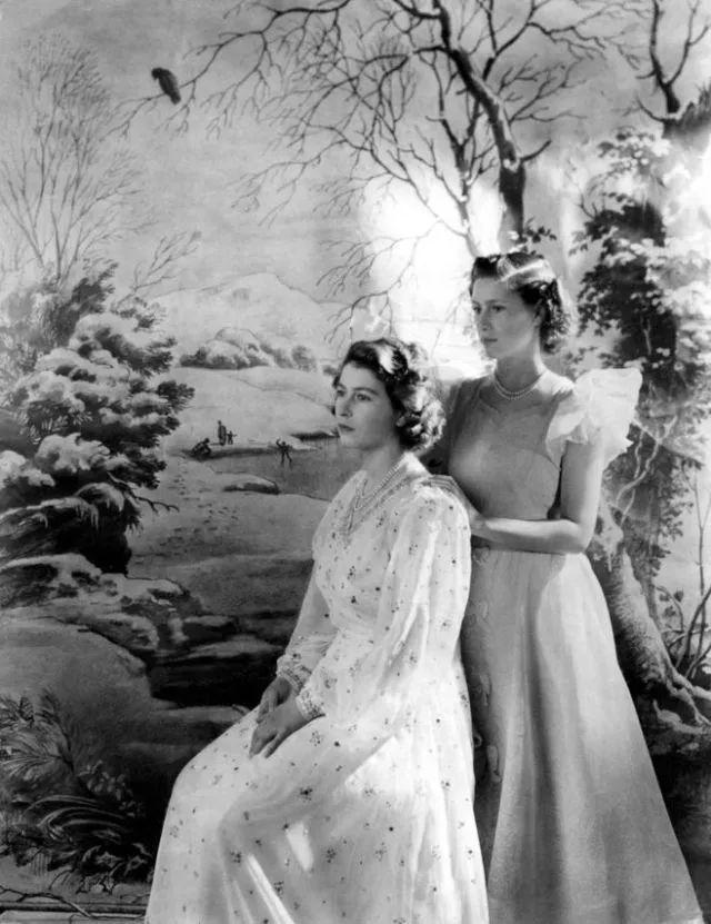 你也是上帝的宠儿_她是伊丽莎白二世的妹妹,她的子女却缴不起遗产税将她的珠宝拍卖