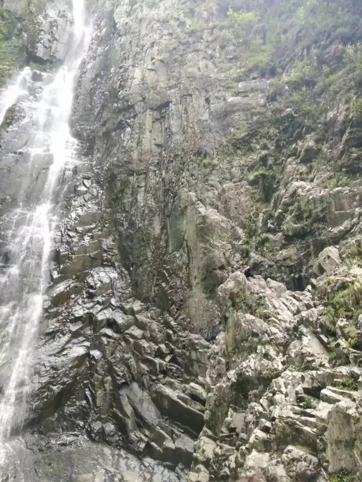 天柱山在哪_天柱最美瀑布,你知道在哪吗?