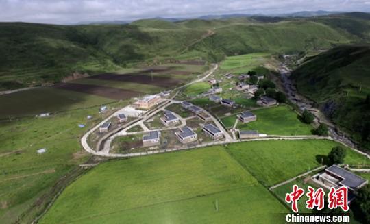 四川道孚4.2级地震暂无人员伤亡和财产损失报告