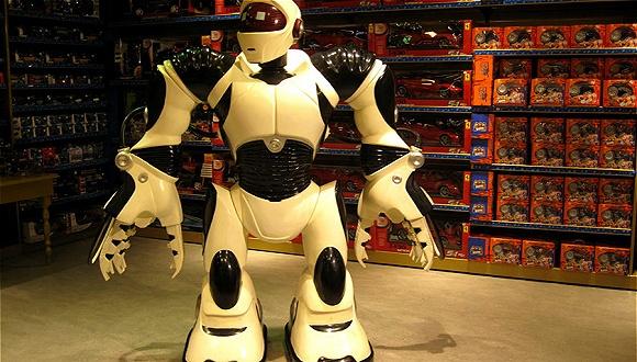 商店里站满了机器人 它们应该怎样卖鞋子?
