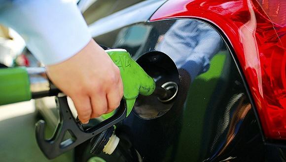 国内成品油价或迎两连跌