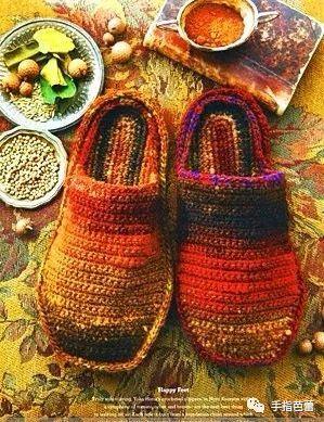 段染线编织的小饰品